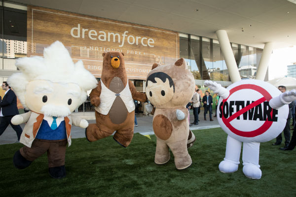 Dreamforce 2018 is nearly here! Whether you're attending in person or via Salesforce Live, here's everything you need to know to have an incredible experience.