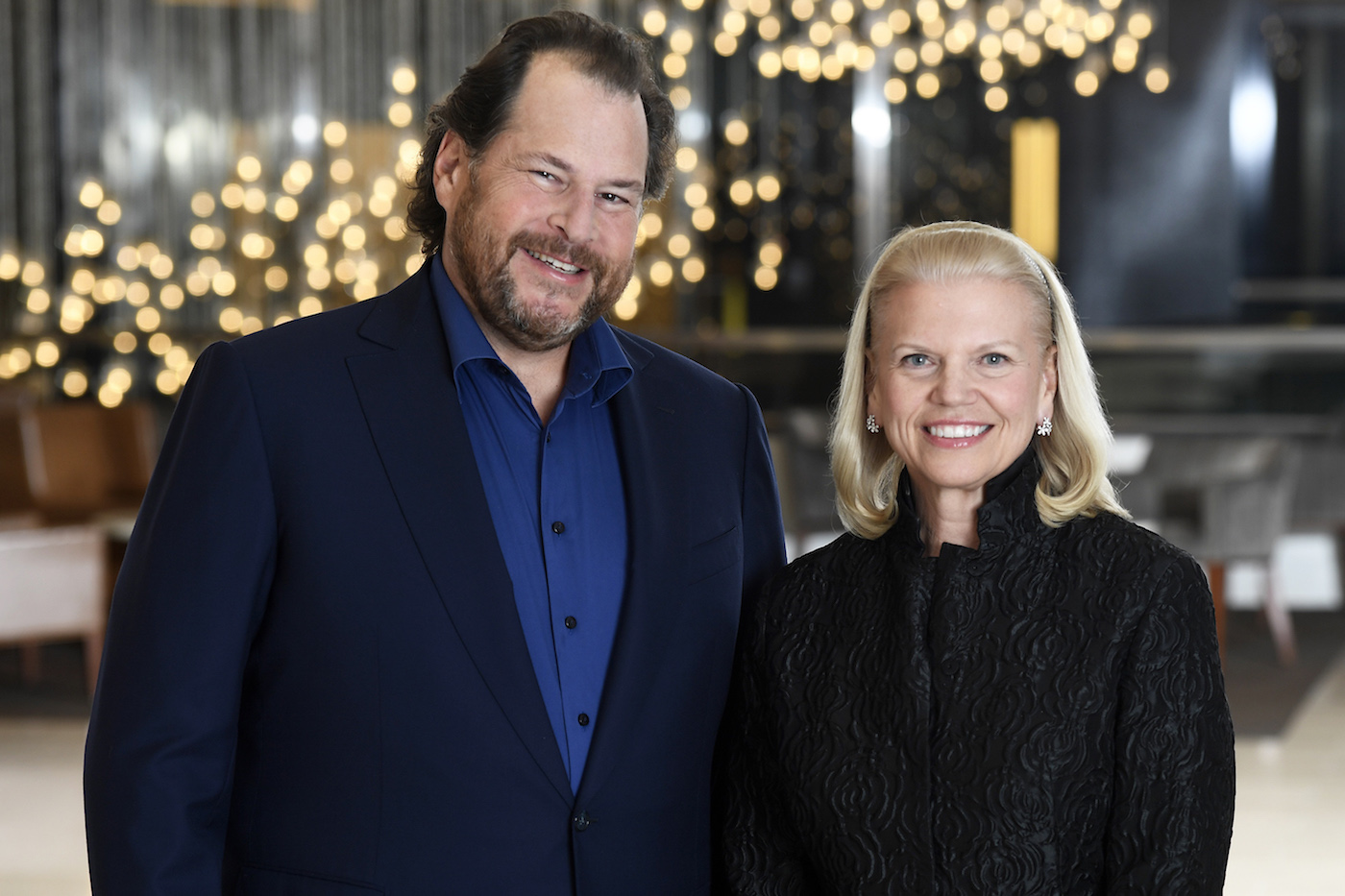 Salesforce e IBM anunciam parceria estratégica global