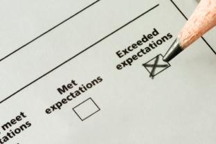 Managing Vs Exceeding Customer Service Expectations Salesforce Blog