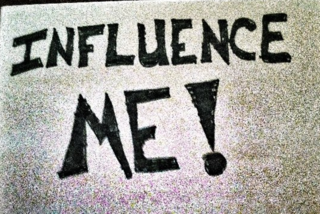How Salespeople Can Build Influencer Relationships