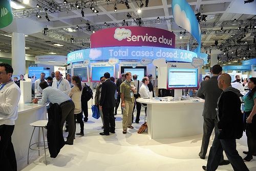 The Live Customer Engagement Center: Where To Find Help at Dreamforce