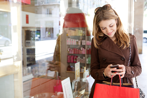 15 New Holiday Shopping Trends Retailers Should Pay ...