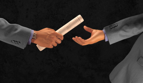 4 Ways that Marketing and Sales Can Perfect the Handoff