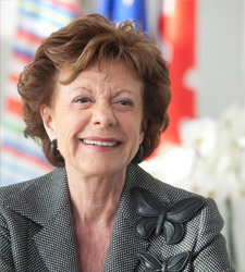 Neelie Kroes keynote speaker op Salesforce World Tour Amsterdam 2016