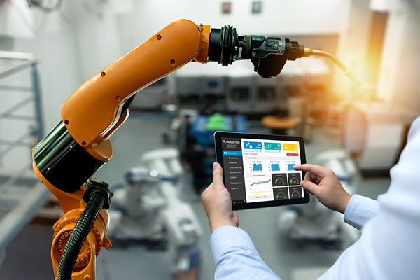 Mobile, AI and IoT: The Big Trends Driving Manufacturing Service Teams