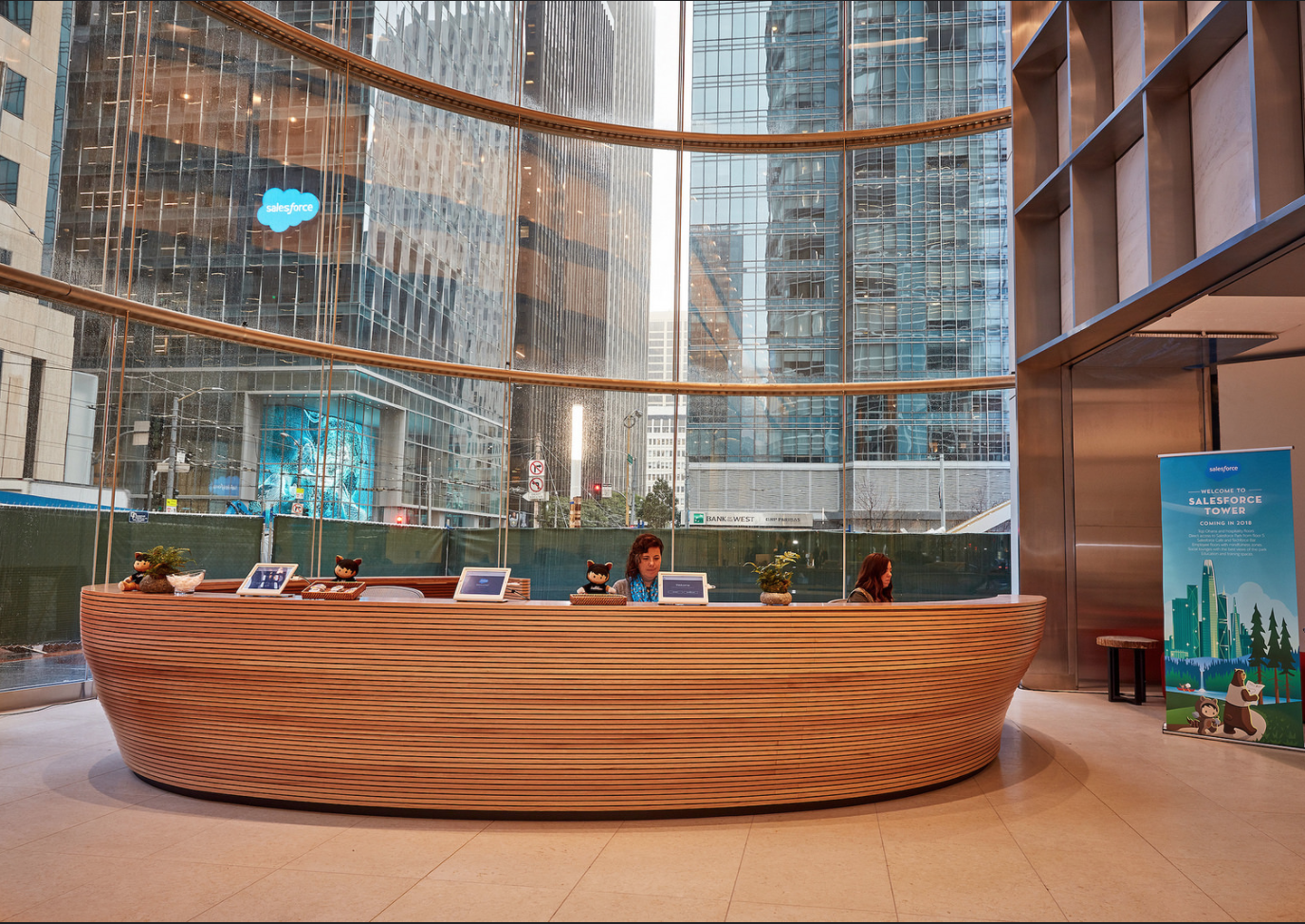A Look Inside Salesforce Tower - Salesforce Blog