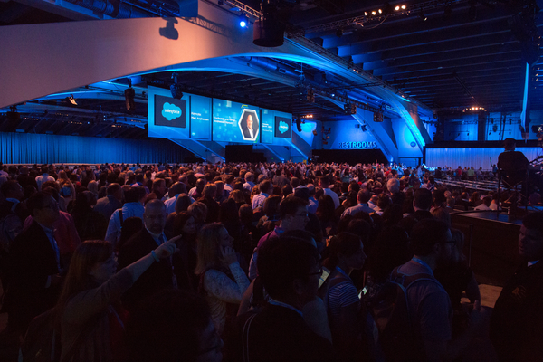Top 20 Dreamforce Must-Dos from the Industry's Top Sales Experts