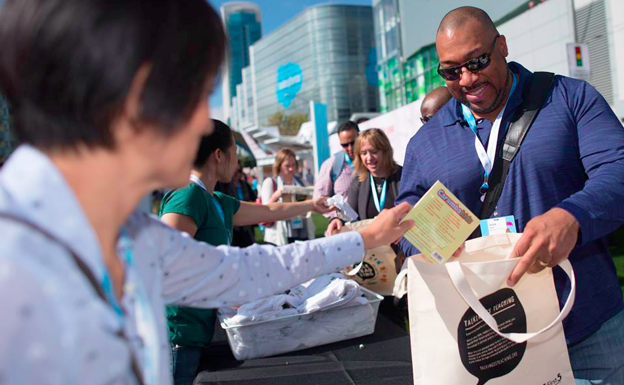 3 Ways to Supercharge Giving at Dreamforce '17