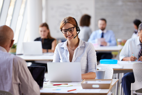 5 Tips to Create Customer-Obsessed Call Center Agents