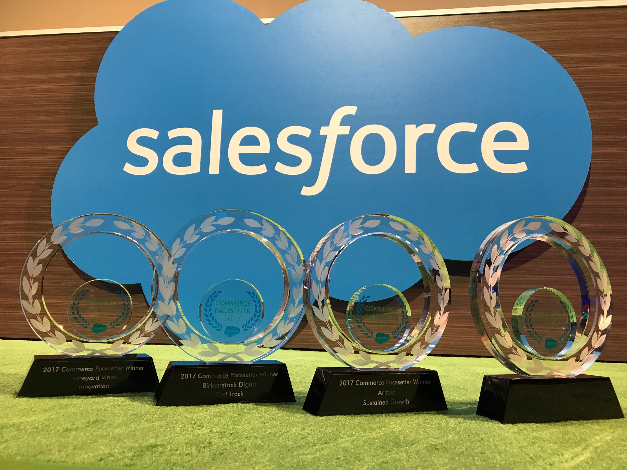 Aritzia, BIRKENSTOCK and Vineyard Vines Explain How They Innovate and Grow With Salesforce Commerce Cloud