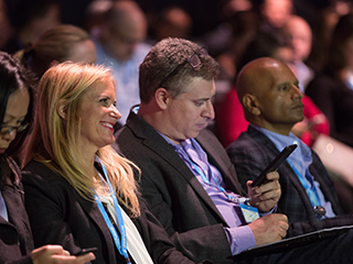 Download the Dreamforce Events Mobile App for the Best Dreamforce Experience