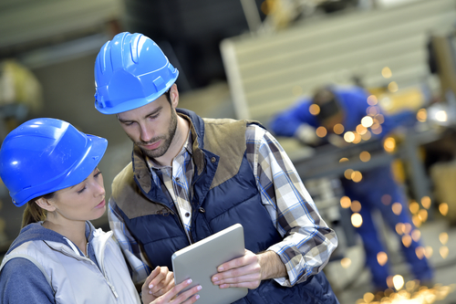 The 5 Biggest Trends Revolutionizing Manufacturing Customer Service